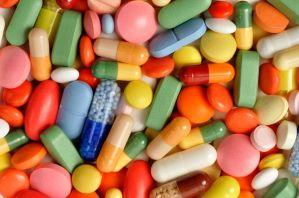 2016-08-19-1471649552-5287149-drugs
